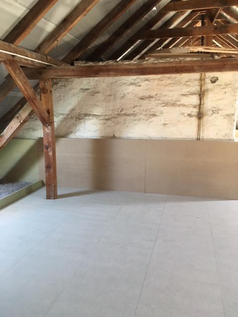 Deckendämmung mit Fußbodenaufbau