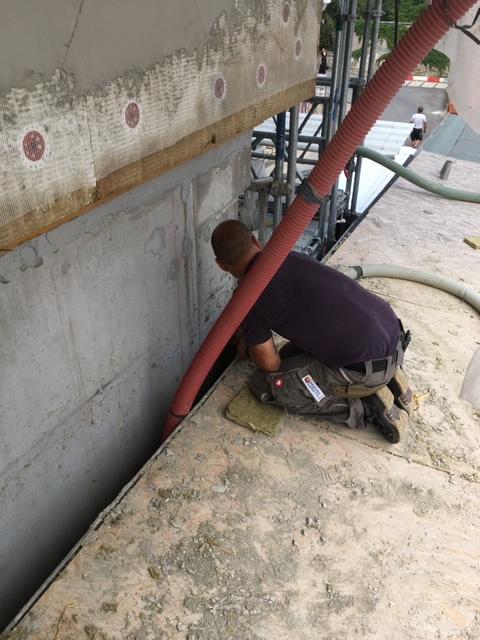 Gebäudetrennfuge - Befüllung mit Steinwolle (nicht Brennbar)