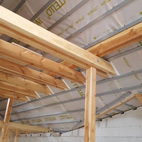 Luftdichtungsfolie in der Dachschräge